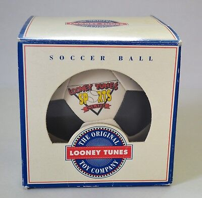 Looney Tunes Sports Club Soccer Ball Earlanger Kentucky Warner Bros. 1991 Hutch