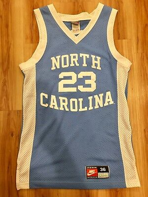 best service bcda7 aa6ca VINTAGE AUTHENTIC NIKE Michael Jordan UNC North Carolina Tar Heels jersey  36 vtg