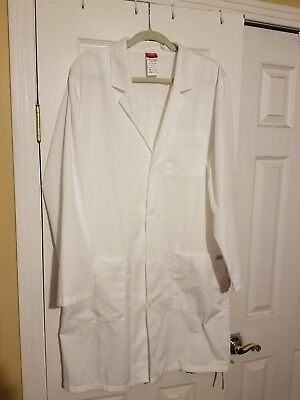 "Dickies EDS Professional White 40"" Lab Coat in White Size Medium ( Style 83403 )"