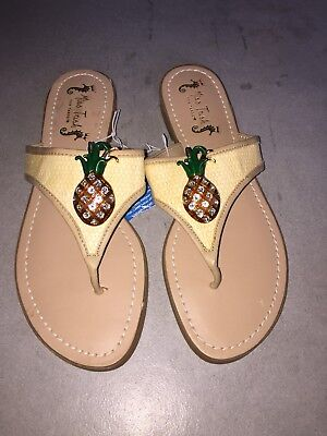 8529a8049 Women s Miss Trish for Target Pineapple Slip On Flip Flops Sandals Size 8  new