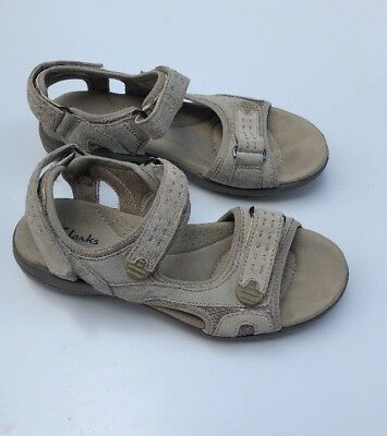 04d32d1473b Clarks Morse Tour Beige Leather Comfort Adjustable Sandals Women s Sz 6