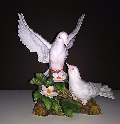 Stunning Vintage Two White Dove Porcelain Figurines
