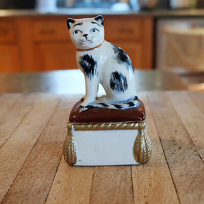 Fitz and Floyd trinket box white & black cat on pillow vintage collectible cats