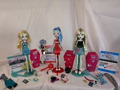 Mad Science Physical Deaducation Home Ick Monster High Doll Lot of 3...