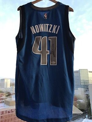 b9878115878 DIRK NOWITZKI SIGNED Dallas Mavericks Autograph Jersey Beckett BAS ...