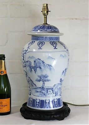 A Very Large Vintage Oriental Chinese Table Lamp Ceramic Blue & White Antique
