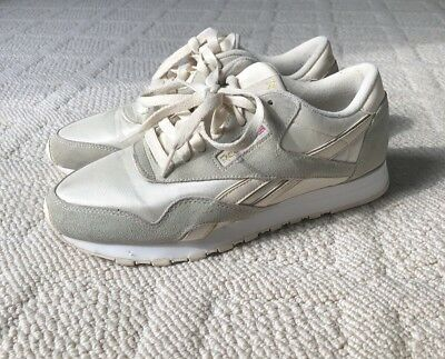 8cbb8d33d91e4 REEBOK WOMEN S CLASSIC Royal Nylon Running Shoes White Beige Urban  Outfitters 8 -  19.00