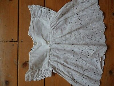 Vintage BABY New Born CHRISTENING WHITE Cute Broderie Anglaise top 0-3 months