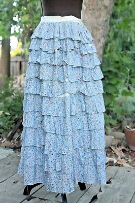 1930s multi tiered ruffled skirt w/ ditsy print novelty print florals, feedsack