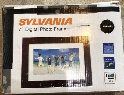Sylvania 7 Inch Digital Picture Frame - Used- Working - Free Ship