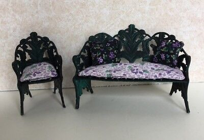 Dollhouse Miniatures Suzanne Russo 2-Piece Outdoor Patio Set