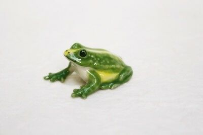 Miniature Animal Green Frogs Ceramic Figurine Statue Collectible Small Gift
