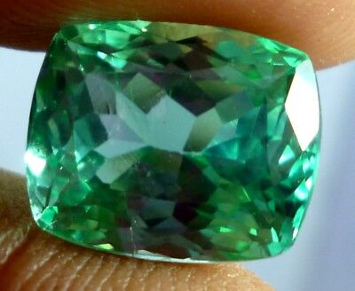 Wow Flawless 8 cts GREEN kunzite facet stone cushion cUt with 12X10X8.5 MM