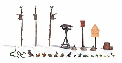 Busch Garden Animals and Birds with Feeders 1192 HO Scale (suit OO also)