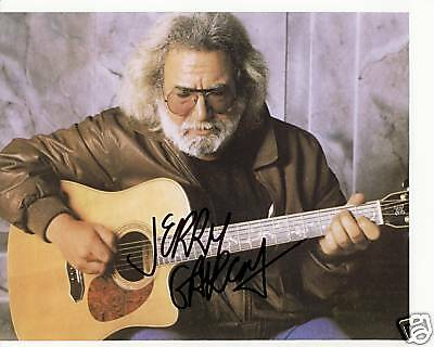 JERRY GARCIA - The Greatful Dead Autographed Signed 8x10 reprint Photo !!