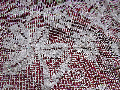 """Vintage Tablecloth Net Mesh VGC 48x48"""" Grapes Vines Ivory Embroidered Filet Lace"""