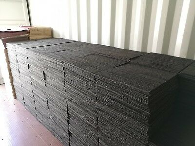 1 Square Metre Of Used Grey Interface Carpet Tiles (4 Tiles/£0.50 Each) For £2