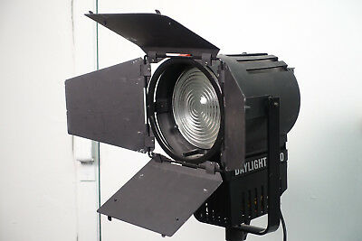 Lupolux Daylight1200 HMI Light 250Watt Very Nice Arri LTM