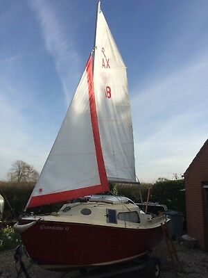 1994 West Wight Potter in Excellent Condition with Brand New Trailer