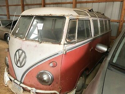 1961 Volkswagen Bus/Vanagon  1961 23 Window VW Bus
