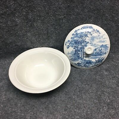 """Wedgewood Countryside 9-1/4"""" Covered Serving Bowl Dish Tureen Blue & White China"""