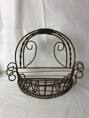 Vintage White Twisted Wire Wall Basket Cottage Shabby Chic Garden Decor
