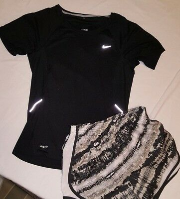 Nike Fit  Lined Womens Running Shorts & Shirt Lot 2 Size Small S Black / White