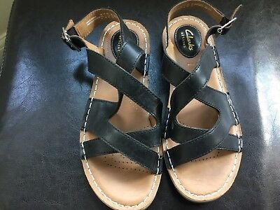 Details about CLARKS Artisan Sandals Flat Black Patent Leather Cork Rubber Soles UK 4.5 D Fit
