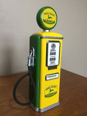"""Limited Edition Gearbox Collectible John Deere Gas Pump Coin Bank 8"""" Tall"""