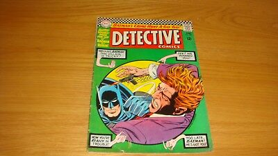 Detective Comics (Batman) No 352 - US DC Comic c.1966 (With Pullout Poster)