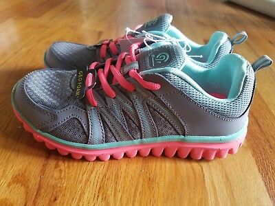 bc10f892b8c CHAMPION C9 GIRLS Sneakers Athletic Shoes Gray Pink Size 4 NEW ...