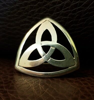 Beautiful Solid Silver Art Deco Brooch lovely item rare.