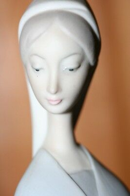 "Beautiful Vintage 12"" Lladro Figure In Matte Finish"