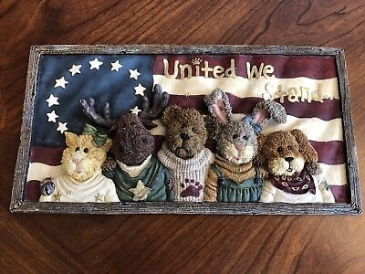 """Boyds Bears & Friends J.B. Bearyproud & Pals Wall Plaque """"United We Stand"""""""