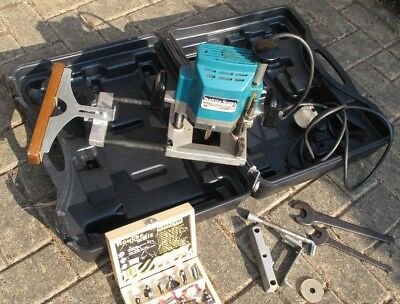 """Makita 230v 1/2"""" plunge router, in used working order complete with accessories"""