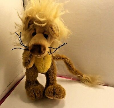 Lion by Cat Maessen stuffed plush jointed
