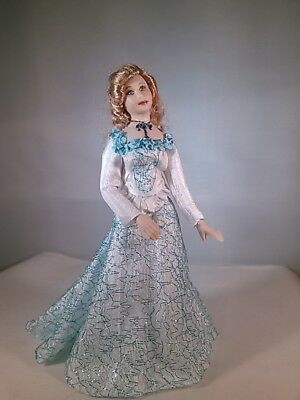 "Artist Miniature Porcelain Dollhouse ""catherinette '"" 1:12 By  Linda Mize"