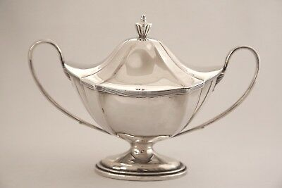 Solid Silver Sauce Tureen Lon. 1907