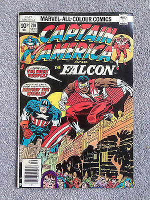 Captain America #201 - Jack Kirby Art - Marvel 1976 - Fine Condition
