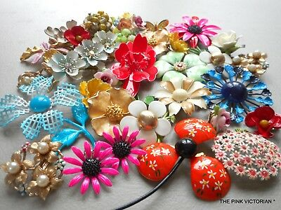 Lot Of 25 Vintage To Mod Flower Pins, Earrings, Colorful Collection, Sets, #2