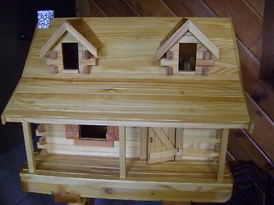 Miniature Dollhouse Log Cabin BEAUTIFUL!!!   with fireplace  Excellent Condition