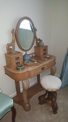 Victorian chestnut wood Dressing Table