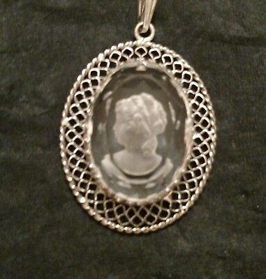 Sterling Silver Glass Etched Cameo Pendant