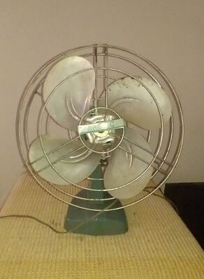 Awesome Vintage 50's Arctic green Electric Fan oscillating Works Great!