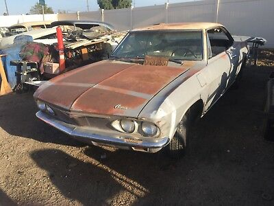 1965 corvair 2 dr coupe 4 speed white interior