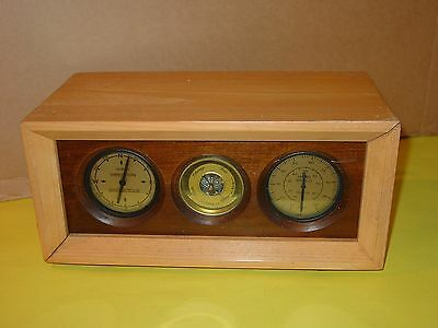 Vintage Aircraft Components Inc Weather Station Gauges barometer wind speed / di