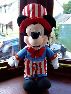 """A 17"""" Tall Walt Disney World Mickey Mouse Soft Toy 'Uncle Sam Mickey'"""