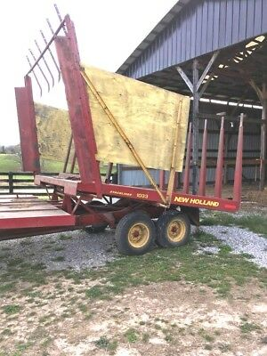 New Holland 1033 Bale Wagon