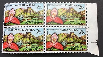 C.1963 South Africa  Block Of 4 Stamps Mint/nh (Sg224)