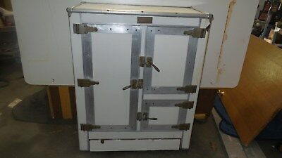 Rare Early Antique Porcelain Ice Box Refrigerator, Solid condition,  Real Nice